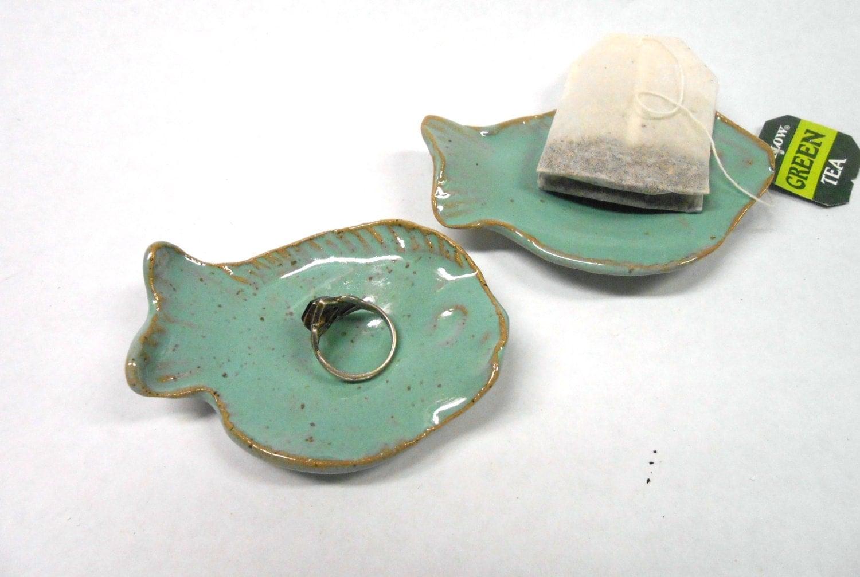 Fish ring dish tea bag holder fish teaspoon rest ceramic ring for Fish tea bags