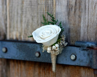 Sola Boutonniere,sola rose boutonniere,woodland boutonniere,woodland wedding, Babys Breath, Dried Tallow Berries,rustic boutonniere,