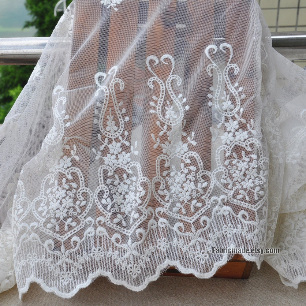 White Embroidered Lace Fabric Borders Tulle Lace Scalloped