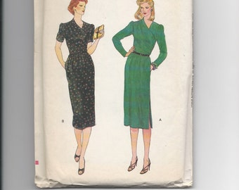 UNCUT Vintage Sewing Pattern Vogue 7404 for Wrap Dress, Sz 14, 1970s