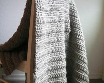 Taupe Wool Blanket / Chunky Crochet Blanket / Chunky Knit Blanket / Chunky Throw / Taupe Throw Blanket