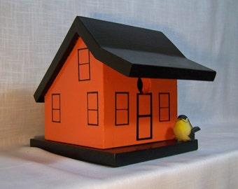 Angled Roof Birdhouse