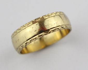 Vintage Brass Costume Ring Ladies Ring with Etched Edge Cut Surface Design US Size 6.75  UK size N