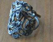 Rare antique Victorian art noveau Mucha style sterling silver ring with woman and flowers / floral / TTBSWI