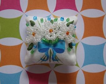 Daisy Bouquet Miniature Doll Pillow