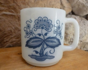 Vtg Blue Onion milk glass mug by Gasbake number 79