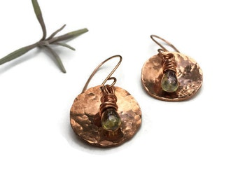 hammered copper circle earrings // choose your color // glass drop jewelry