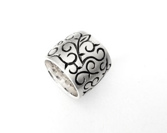 Wide Sterling Silver Band, Handmade Silver Jewelry, Oxidized and Brush Finished Ring with hand engraving, Clean and Simple Silver Jewelry,