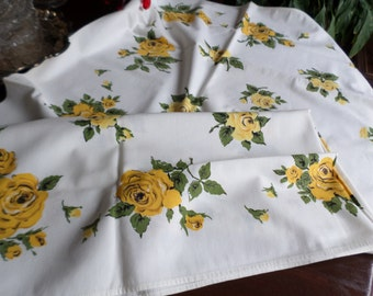 "Vintage 47"" x 52"" Square Cotton/Fabric Table Cloth-White-Yellow/Green Roses Design"