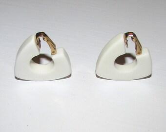 vintage 1970's mod white earrings, 70's geometric hoops