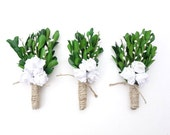 Winter Wedding Boutonniere-Rustic Boutonniere-Womans Corsage-White Boutonniere-Woodland Boutonniere-Mens Lapel Pin-Natural Boutonniere