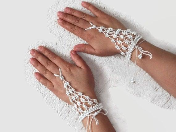 White crochet beaded slave bracelet, Bridal ring bracelet, Beaded Harem bracelet, crochet wristlet,fingerless glover, Bohemian jewelry