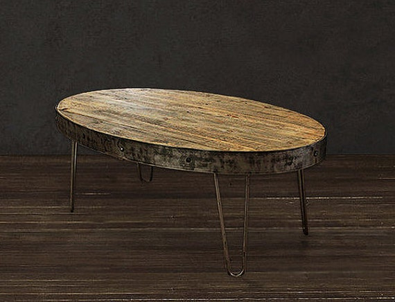 recycl e table basse table ovale industriel par atlaswoodco sur etsy. Black Bedroom Furniture Sets. Home Design Ideas