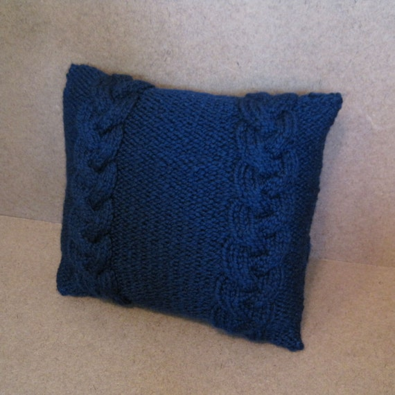 Chunky Knit Pillow Pattern : Chunky Knit Pillow Cover Textured Knit Pillow by hannahleighknits