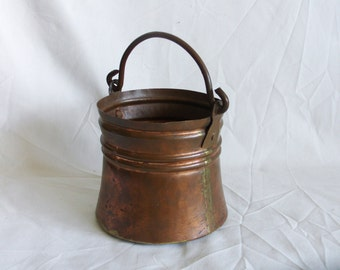 Vintage CAMPFIRE Pot coppercraft pail Solid copper handle Handmade DOVE TAIL construction, brass handle & seams, fireplace decor, log bucket