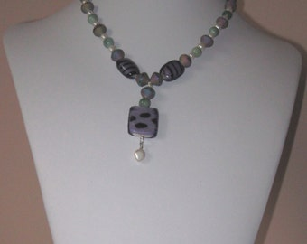 Necklace, green aventurine, freshwater pearls, art glass pendant 19 inches