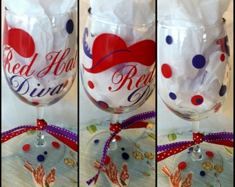 Red Hat Ladies, Wine Glass, Red Hat Society, Red Hats, Wine Glass, Wine, Vinyl Wine Glass, Wine Glass, Social Club, Vinyl, Purple, Red, Gift