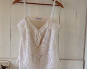 Womens White Crochet Summer Top.Size 10 to 14.
