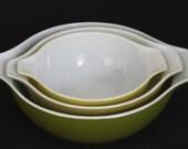 Vintage Set 3 Large Nesting Pyrex Green Yellow Glass Serving Bowls