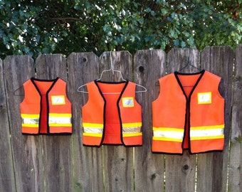 construction worker dress up vest dramatic play costume toddler child kids birthday party theme photo prop dress up bin size 1 2 3 4 5 6