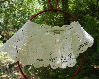 Lacey White Crocheted Woman's Collar with Covered Buttons - Vintage Clothing Accessory