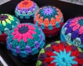 Crochet Pattern - Retro Crochet Christmas Ornament Pattern - Instant Download PDF