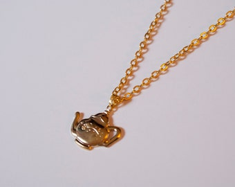 Teapot Charm Necklace Gold