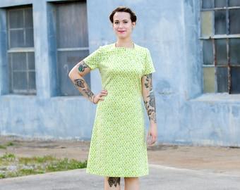 vintage 1960s shift dress / polyester dress / 60s mod dress small / lime neon green dress / yellow dress women / 60s shift dress retro dress