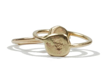 Moon Rock. 14k solid gold ring.