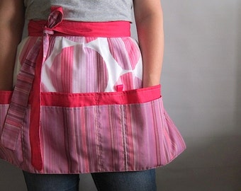 Cafe Apron, Hip Apron, Half Apron with pockets - Japanese style fabric - pink and white