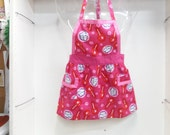 child's  Blow Pop apron
