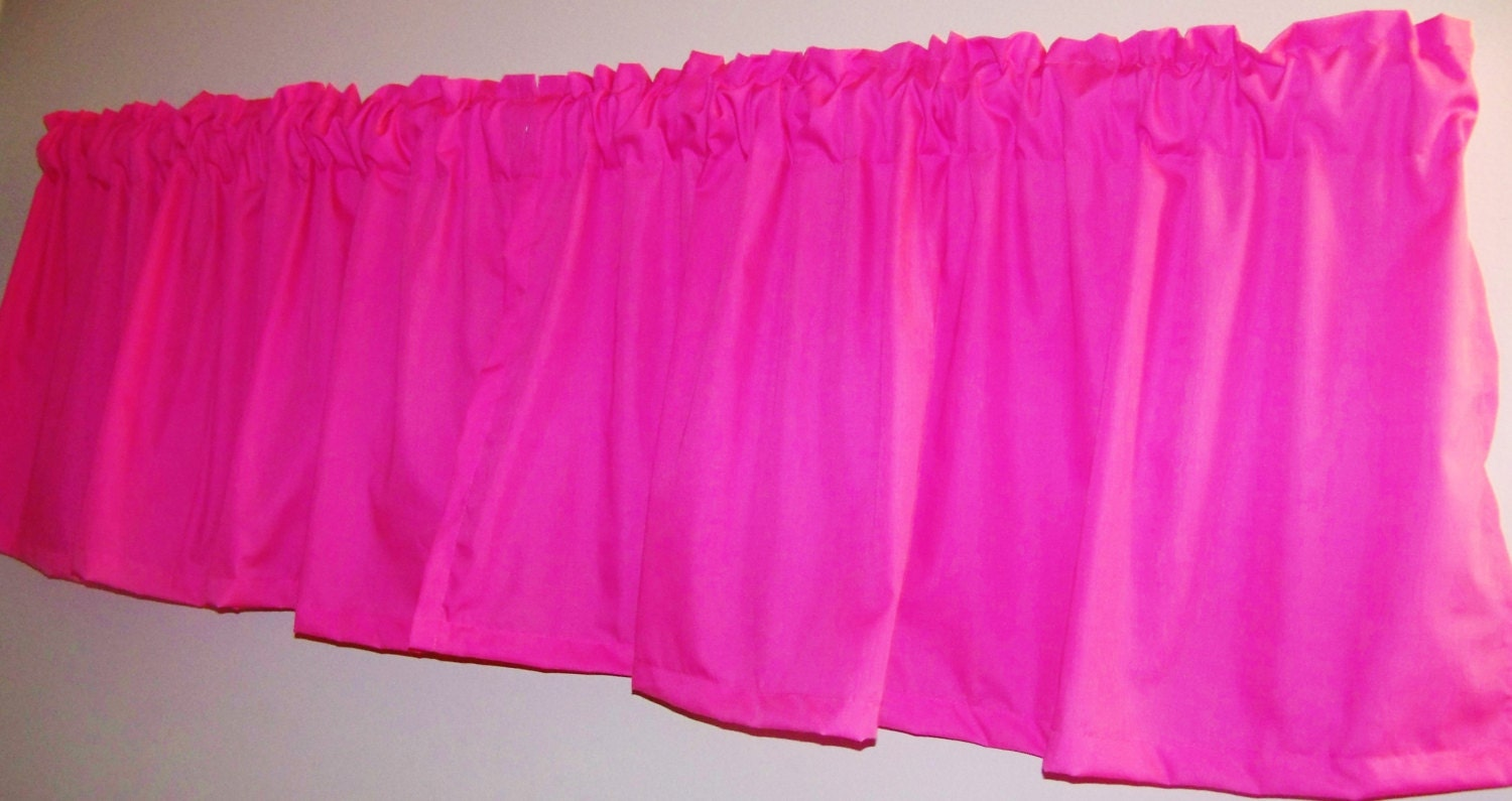Hot pink curtains -  Zoom