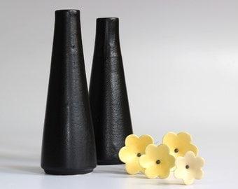 Ceramic Vase, Short Very Black Cone Ceramic Vase for flowers - Handmade Pottery Vase, Flower Vase for home decor