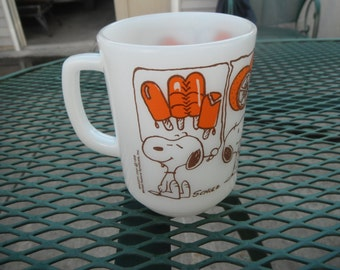 Anchor Hocking Ice Cream and Candy Snoopy Mug