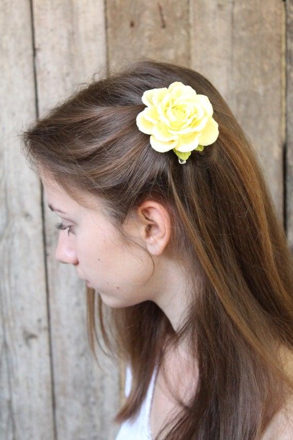 Wedding Bridal Yellow  Flower Hair Clip.  Bridal Accessories, Wedding hairpiece. yellow  rose clip.  Hair clip polymer clay flower.