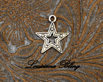 16 Pieces Silver Star Charms, Dallas Star charms, cowboys star charms, football team  Bracelet Pendant Charm 17x16mm Antique Silver 24-3-AS