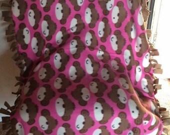 Monkey pink no-sew tie blanket