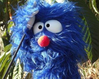 Medlar blue monster puppet ,Enjoyable  puppet wooden rods