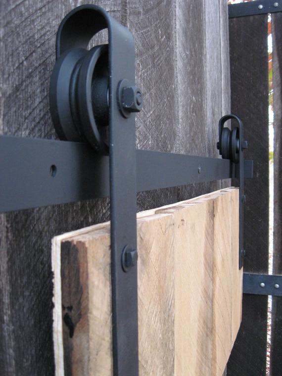 Articles similaires kit de quincaillerie de porte coulissante au milieu du si cle sur etsy - Quincaillerie porte coulissante ...