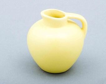 Gelbe Vintage Vase Keramik Miniaturhenkelvase