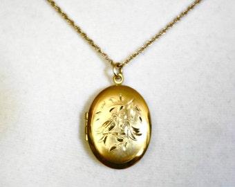 Vintage Gold Filled Lovebirds Locket, Gift for Her