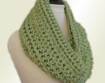 Green Infinity Scarf Cowl Long Knit Chunky Crochet Loop Circle Scarf Sage Green Infiniti Scarf Soft and Warm Gift Idea Light Green