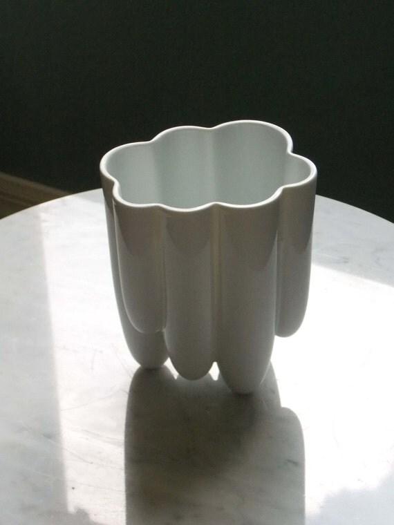 White Vase Rosenthal Vase Tapio Wirkkala Vase Pop By