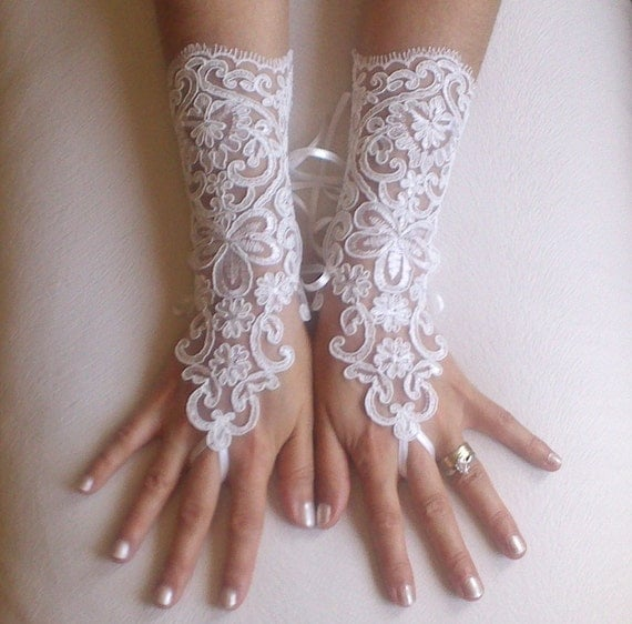 ivory Wedding gloves free ship bridal lace fingerless french lace arm warmers mittens cuff gauntlets fingerloop, Long lace glove rustic