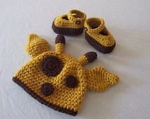 Baby Giraffe Hat & Booties Set - 0 to 3 Months, 3 to 6 Months, 6 to 12 Months - Baby Girl, Baby Boy