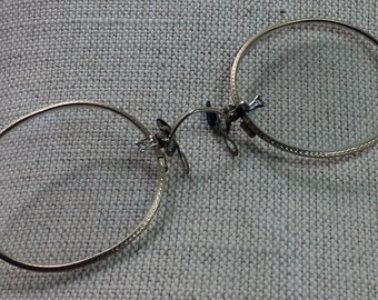 Antique Gold Victorian Hard Bridge Pince Nez glasses