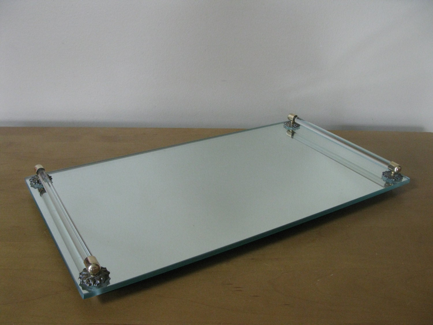 Large mid century mirrored vanity tray 16 x 9 for Mirrored bathroom tray