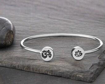 Om Bracelet, Om Jewelry, OM, Lotus Bracelet, Lotus Jewelry, Lotus, Lotus Flower, Lotus Flower Bracelet, Lotus Flower Jewelry, JIB249SSS