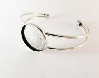 D-00357 - 1 Cuff Bangle for Cabochon 20mm