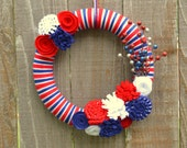 USA Wreath // Red White and Blue Yarn Wreath // Stars and Stripes // Olympics Wreath // Patriotic Wreath